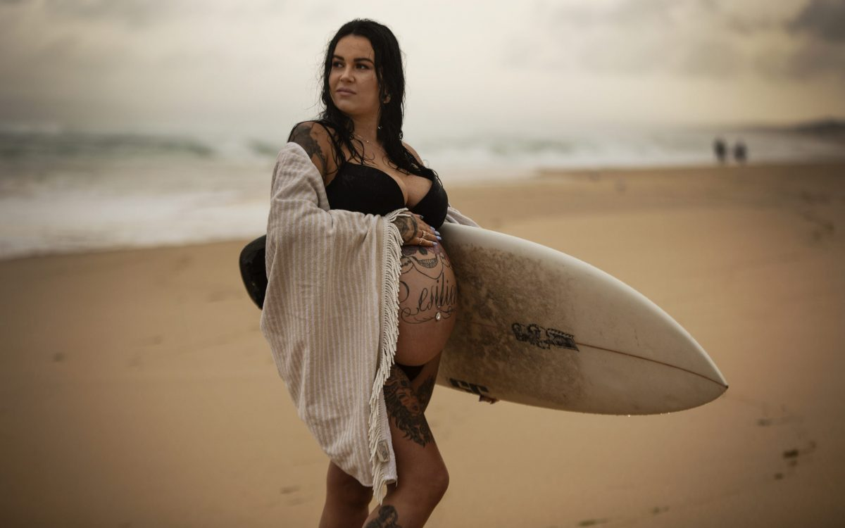 Redhead Beach Maternity ~ Alana & Luke